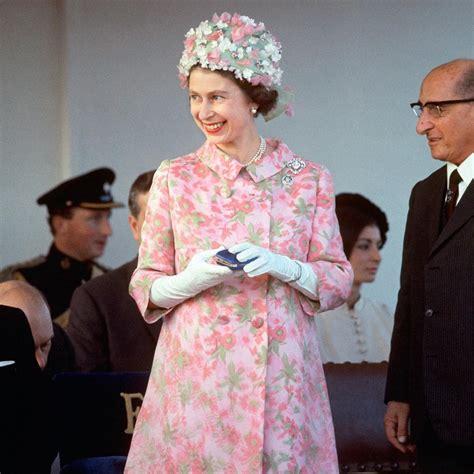 Elizabeth Wardrobe by Wardrobe 1956 Elizabeth Ii A Year By Year