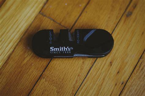 smiths pocket pal smith s pp1 pocket pal multifunction knife sharpener review