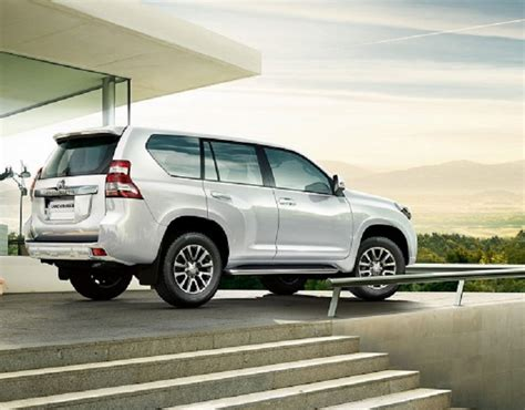 land cruiser toyota 2018 2018 toyota land cruiser redesign prado 200 v8