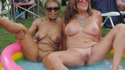 Filipino Milf With Friend At Nudes A Poppin 2019 Porn 3a
