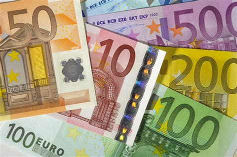 Money in Spain and the Euro Currency