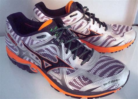 mizuno running shoe review mizuno wave elixir 7 running shoes review running shoes guru
