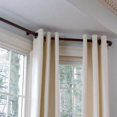 how to make curtains for a bay window 25 best ideas about bay window curtains on pinterest
