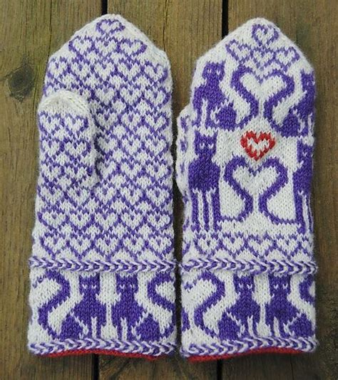 knit pattern heart mittens cat hearts mittens pattern by connie h design ravelry
