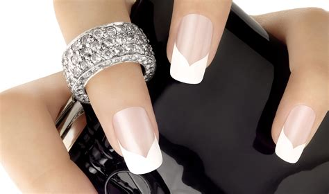 Pose Capsule Ongle by Capsule Ongle Trendyyy