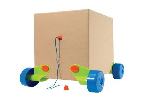 Mainan Animal Two Set hello wonderful turn any cardboard box into a car with