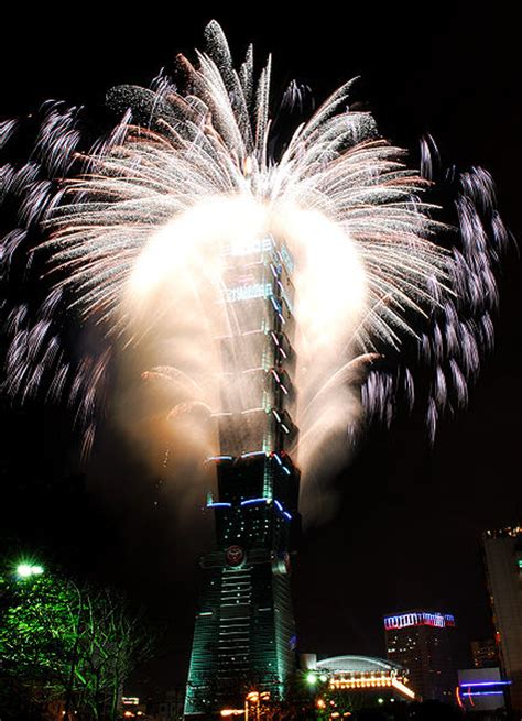 new year fireworks facts 18 facts about taipei 101