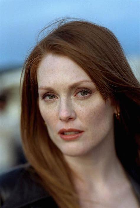 julie ann moore s hair color 12 reasons every redhead should love julianne moore how