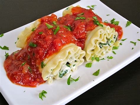 lasagna roll ups with cottage cheese spinach lasagna roll ups recipe