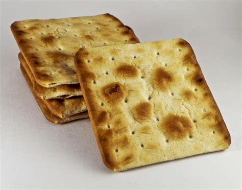 Cracker House by Tasting Good Friday Lisa Velthouse