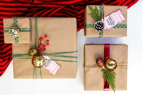cheap huggit tree wraps christmas solders easy dollar store gift wrap ideas free gift tags