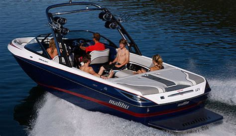 best quality fish and ski boats wake boarding wake surfing waterskiing or tubing