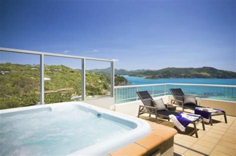 hamilton island accommodation hotels deals great reef view hotel updated 2017 prices reviews hamilton