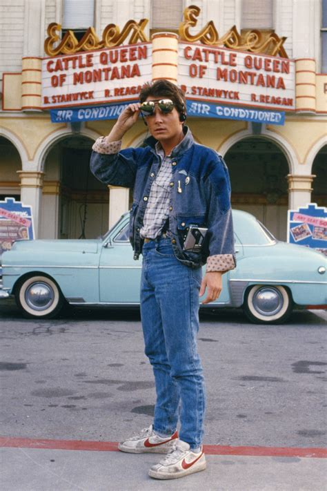 robert zemeckis michael j fox 80s90sthrowback michael j fox in back to the future