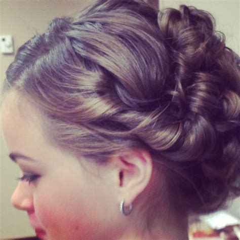 cute hairstyles for junior bridesmaids junior bridesmaid hair updo 1200 calorie diet plan