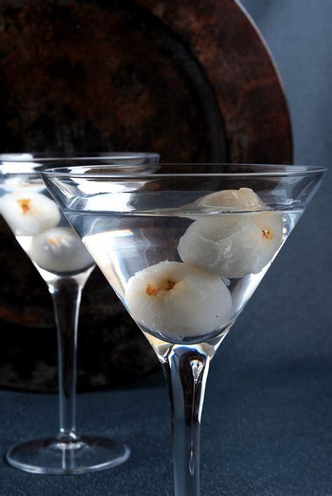 lychee vodka lychee martinis recipe dishmaps