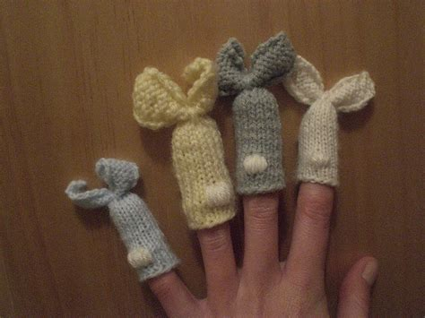 knitted finger puppets patterns free 52 best knitting fingerpuppets images on