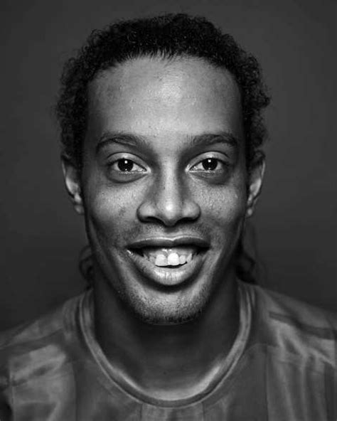 Ronaldinho - This Guy Can Play Soccer