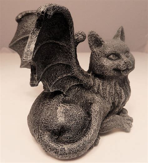 gargoyle home decor medieval cat gargoyle statue chimera winged kitty