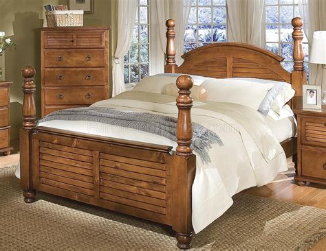 Cannonball Bedroom Furniture Pine Finish Contemporary Bedroom W Cannonball Panel Bed