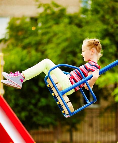 free swinging movies swinging videos free 28 images happy little girl