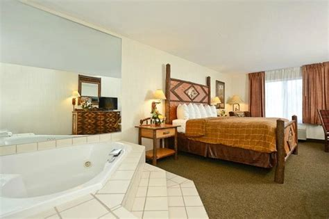 clubhouse inn west yellowstone clubhouse inn west yellowstone 152 1 6 9 updated
