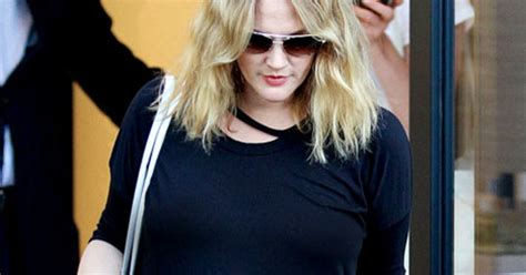 Cameron Diaz Drew Barrymoore Bff by Drew Barrymore Attends Wedding Dress