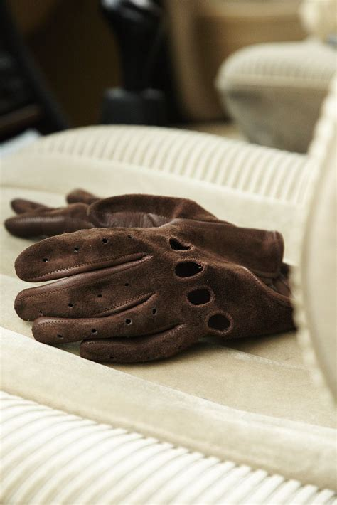 Mercedes Driving Gloves by Szarmant Driving Gloves In Suede Http Www Szarmant Pl