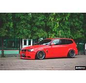 Stanced BMW X3 E83 Side