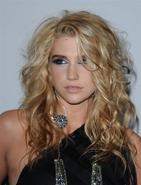 Kesha Hairstyles by Kesha Curls Kesha Hairstyles Looks Stylebistro