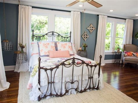 Chip And Joanna Gaines Master Bedroom Paint Color Photos Hgtv S Fixer With Chip And Joanna Gaines