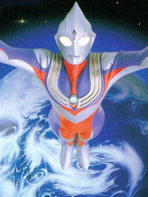 Patung Ultraman 3 6 seri ultraman paling digemari sepanjang masa showbiz