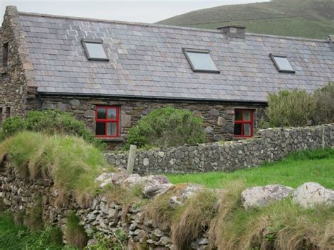 Dunquin Cottage, Dingle Ireland Has Central Heating and Washer   TripAdvisor   Dunquin Vacation