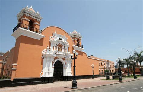 bbva agencias pueblo libre colonia peruana en miami construye r 233 plica de iglesia de