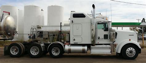 semi truck 2010 kenworth w900l semi truck barrgo equipment