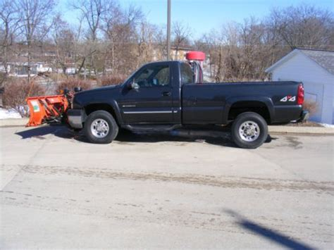 curtis chevrolet find used chevy 2500hd truck with 7 5 curtis snow plow in