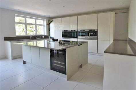 small kitchen design from lwk kitchens cream kitchen by lwk kitchens london modern kitchen