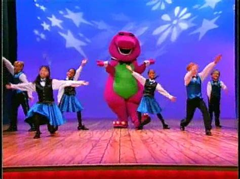 milly s jungle adventures the jungle talent show books puttin on a show barney wiki