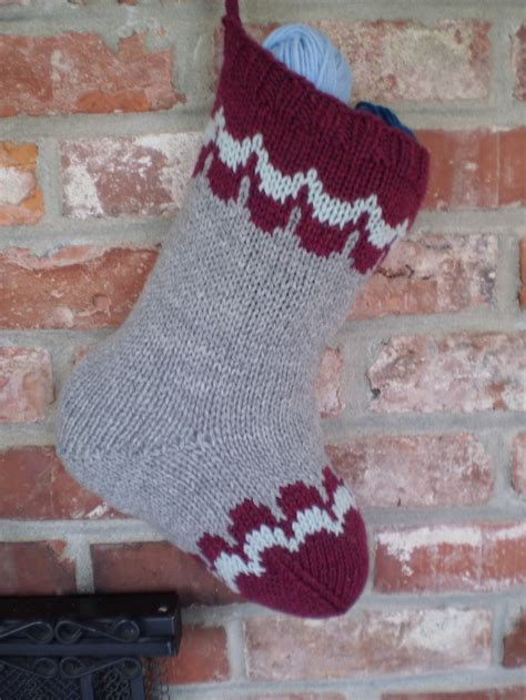 free knitting pattern for large christmas stocking scalloped christmas stocking pattern allfreeknitting com