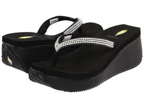 volatile shoes 5 65 4 10 3 15 2 10 1 0