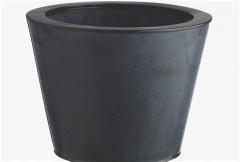 Small Metal Planter by Pallas Small Black Metal Planter Absolute Home