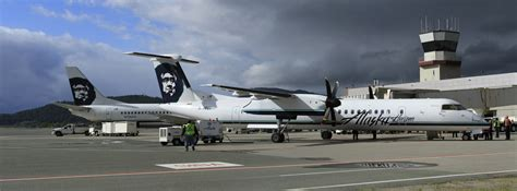 test run alaska airlines to fly q400s at home in alaska airlinereporter airlinereporter