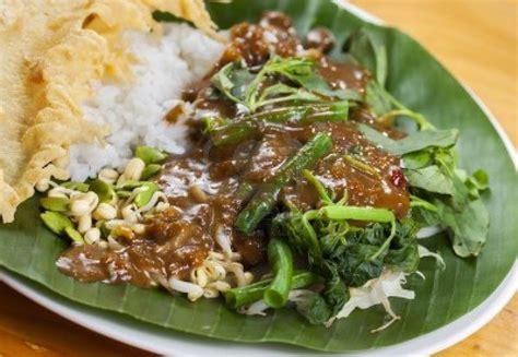 resep nasi pecel khas madiun