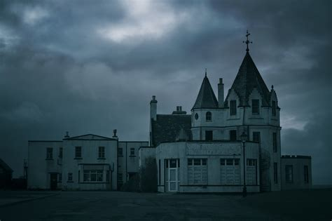 top 10 scariest haunted hotels in america