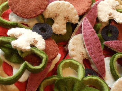 pattern for felt pizza 283 best kids felt food addiction images on pinterest