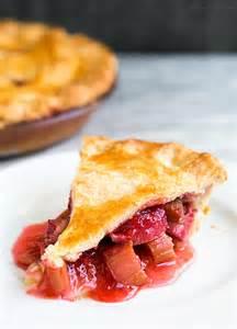 rhabarber erdbeer kuchen strawberry rhubarb pie recipe simplyrecipes