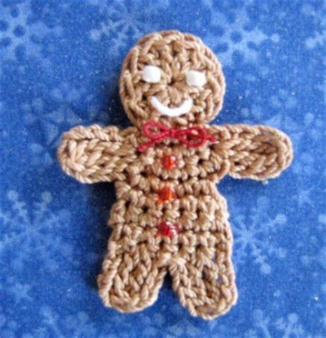 crochet pattern gingerbread man bellacrochet little gingerbread boy and girl a free