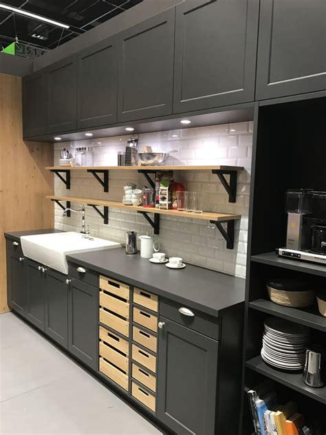 find  kitchen cabinets  save money  maintain style