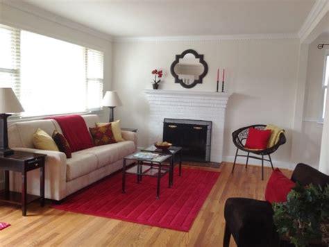 superb Colors That Make A Room Look Bigger #5: contemporary-living-room.jpg