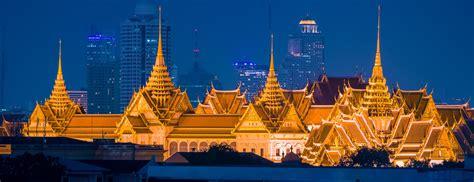 Harga Vans Di Bangkok sewa mobil bangkok december 2012